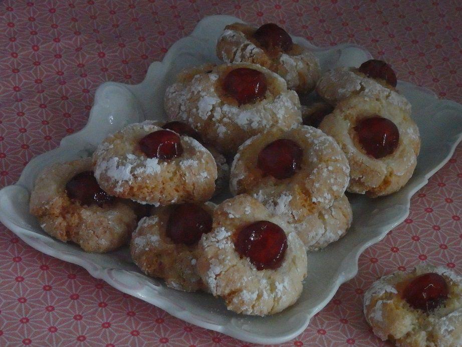 Amaretti aux cerises confites