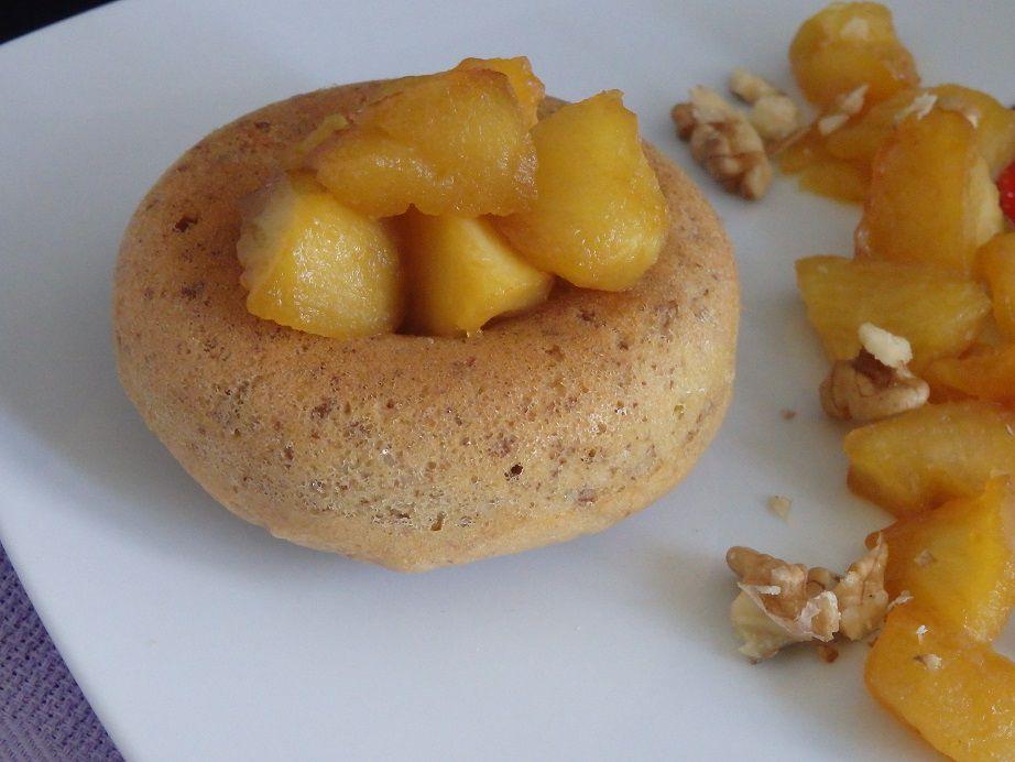 Gâteaux aux noix et pommes caramélisées