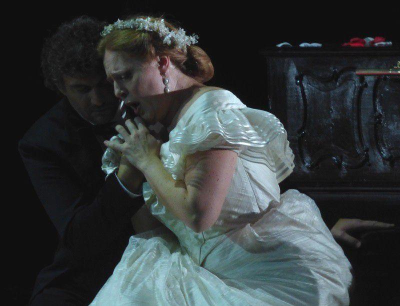 Jonas Kaufmann (Lohengrin) et Martina Serafin (Elsa)