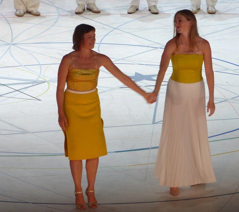 Samantha van Wissen et  Stéphanie Lauricella (Dorabella)