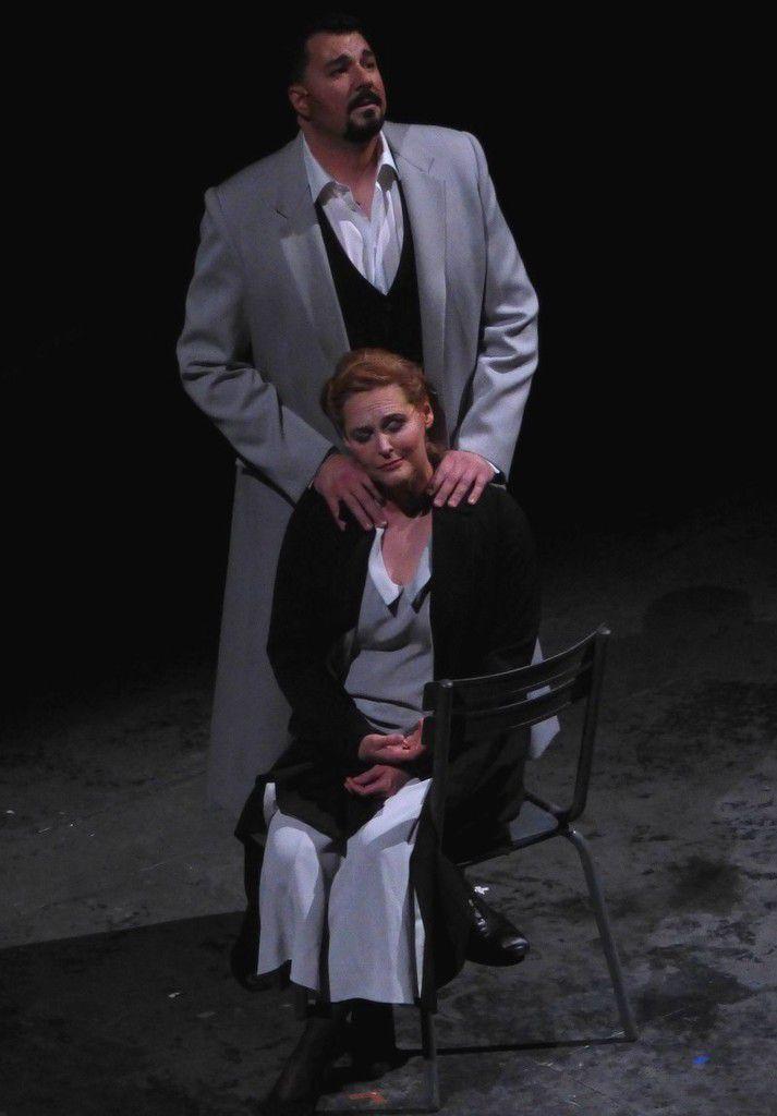 Éric Cutler (Lohengrin) et Ingela Brimberg (Elsa)