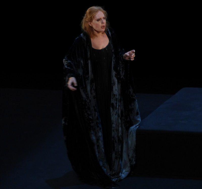Martina Serafin (Isolde)