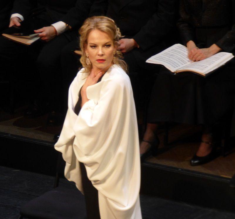 Elīna Garanča (Marguerite)