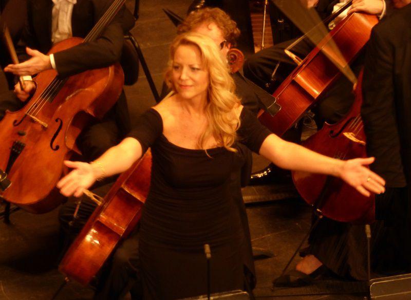 Lise Lindstrom (La Teinturière)