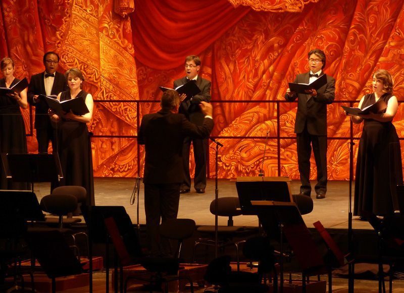 José Luis Basso et le Choeur de l'Opéra national de Paris