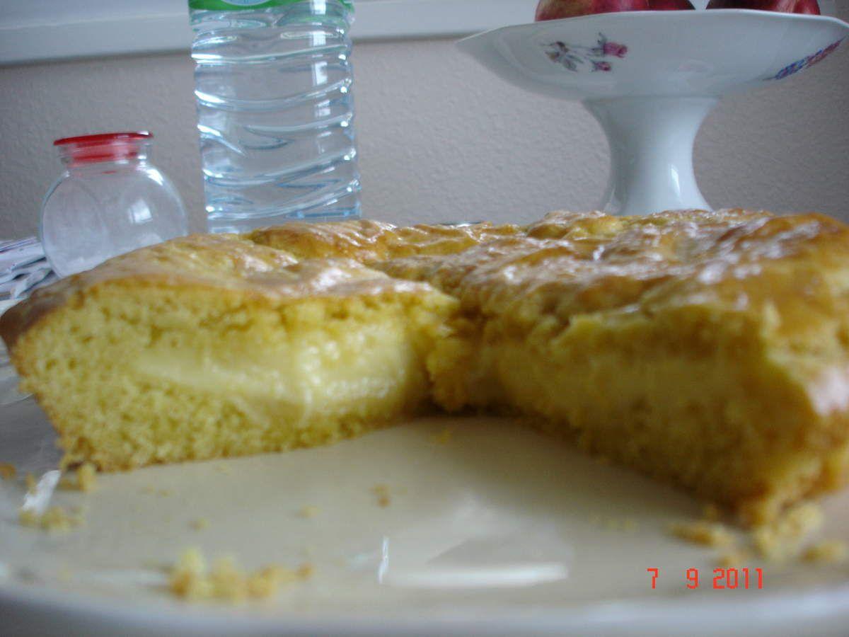 Le gâteau basque à la crème pâtissière
