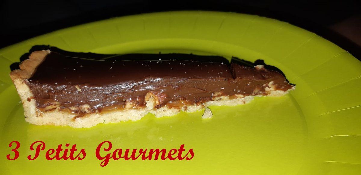 Chocolat-caramel-fruits secs à coques... Mmmm.....