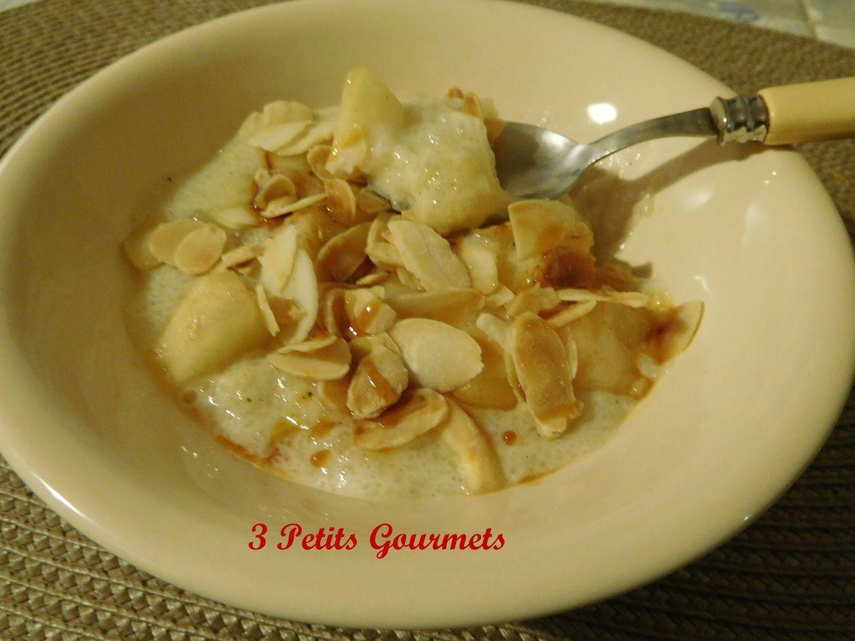 Soupe sucrée de tapioca, aux poires et amandes
