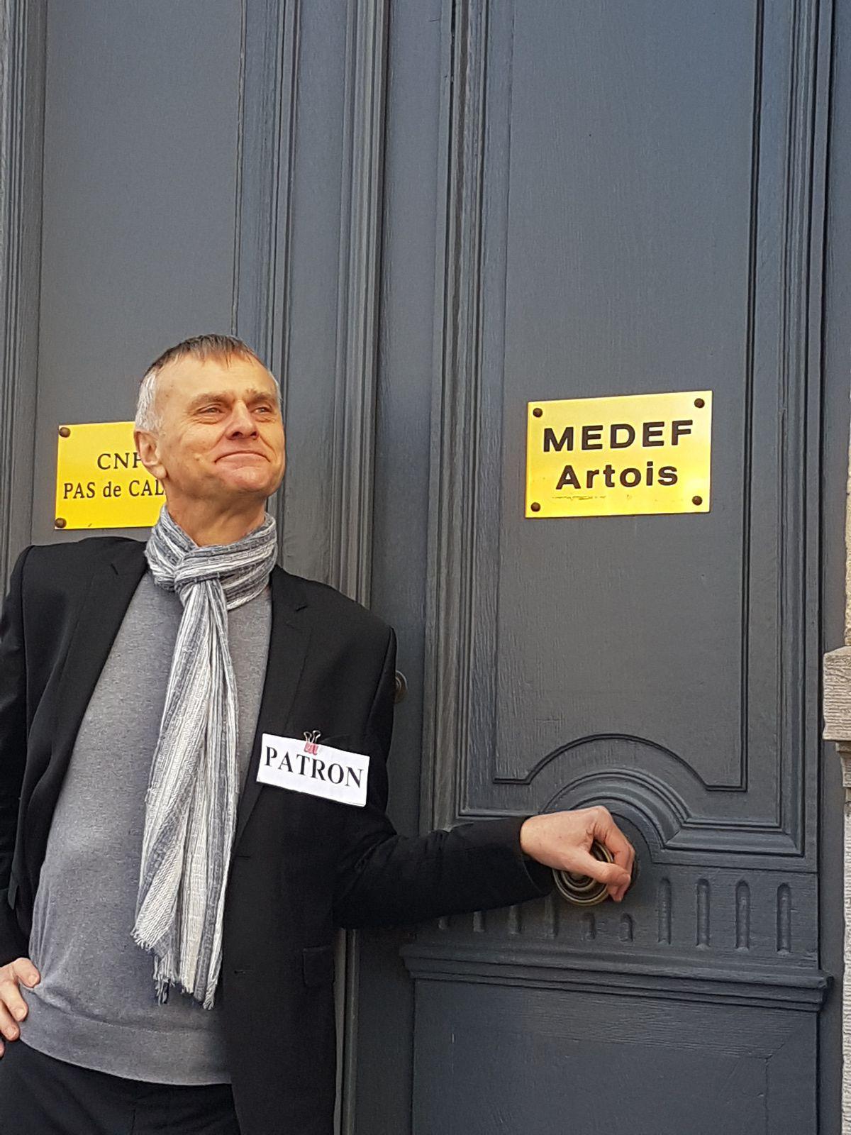 Mobilisation  à Arras ce lundi 9 mars 2020, devant  le siège  Artois du Medef, pour défendre la reconnaissance de la pénibilité!!!!!!