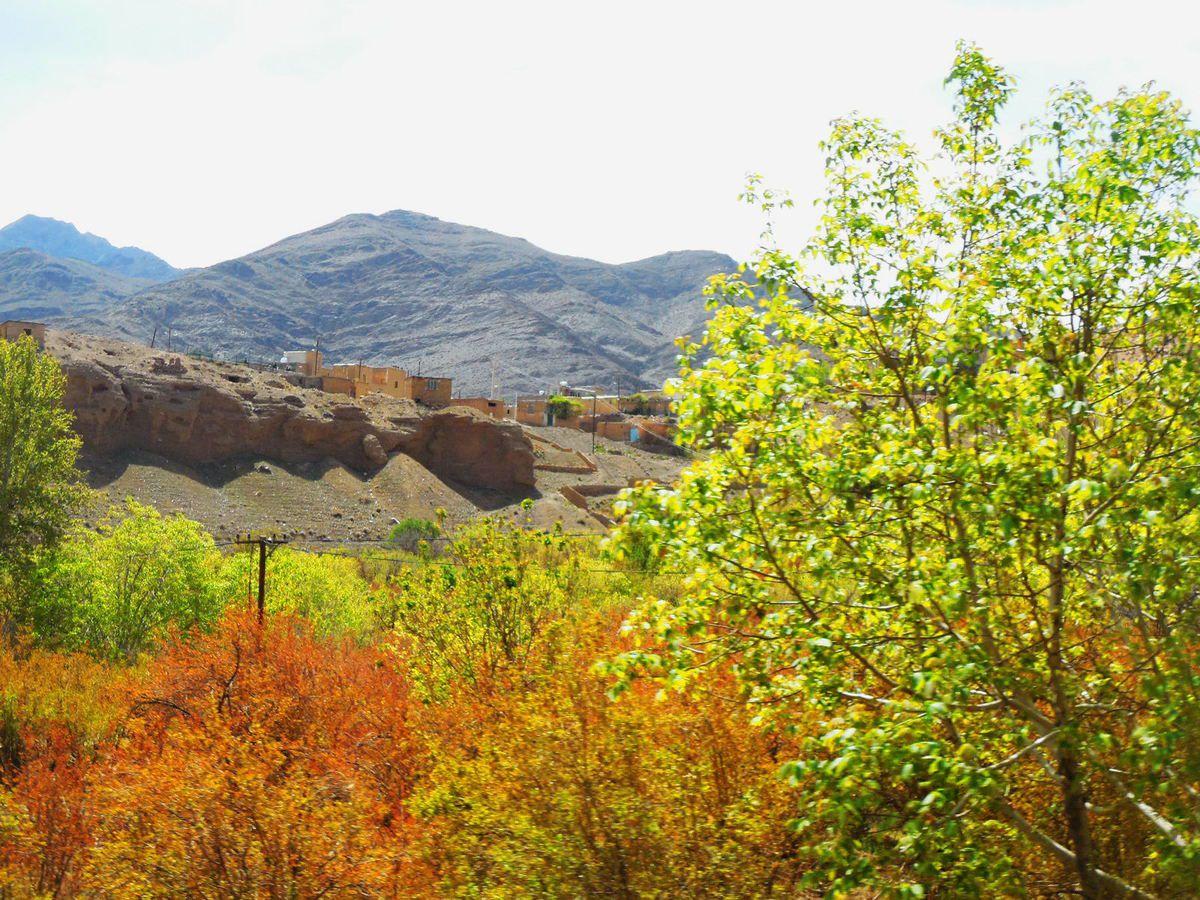 38-3 : sur la route d'Ispahan