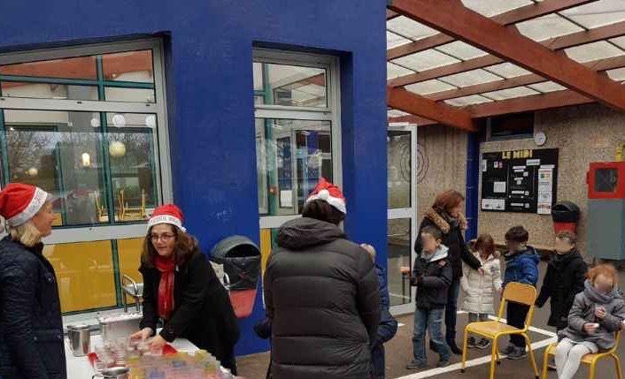 Ecole élémentaire Jules Ferry - Un chocolat chaud pour Noël
