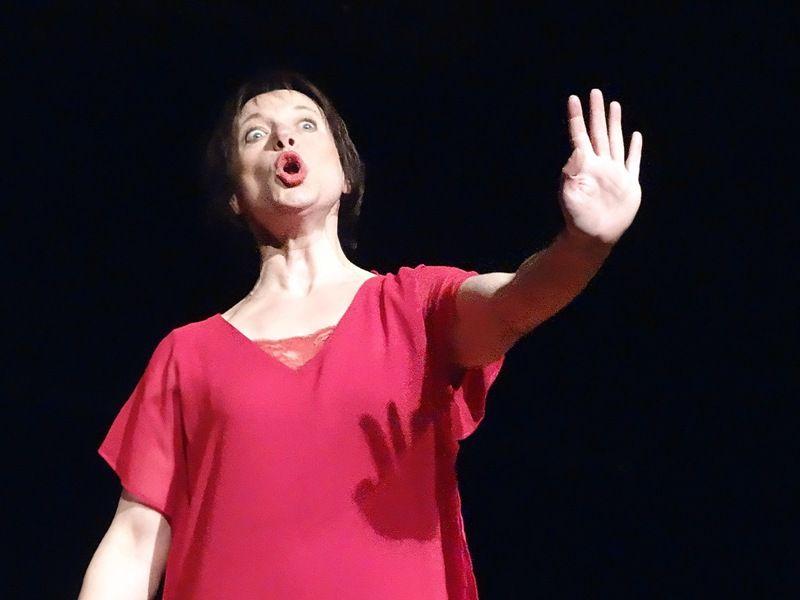 """LA COMPAGNIE L'EMBARDÉE EST A ARRAS AVEC """"LES FEMMES ONT ELLES UNE ÂME"""""""
