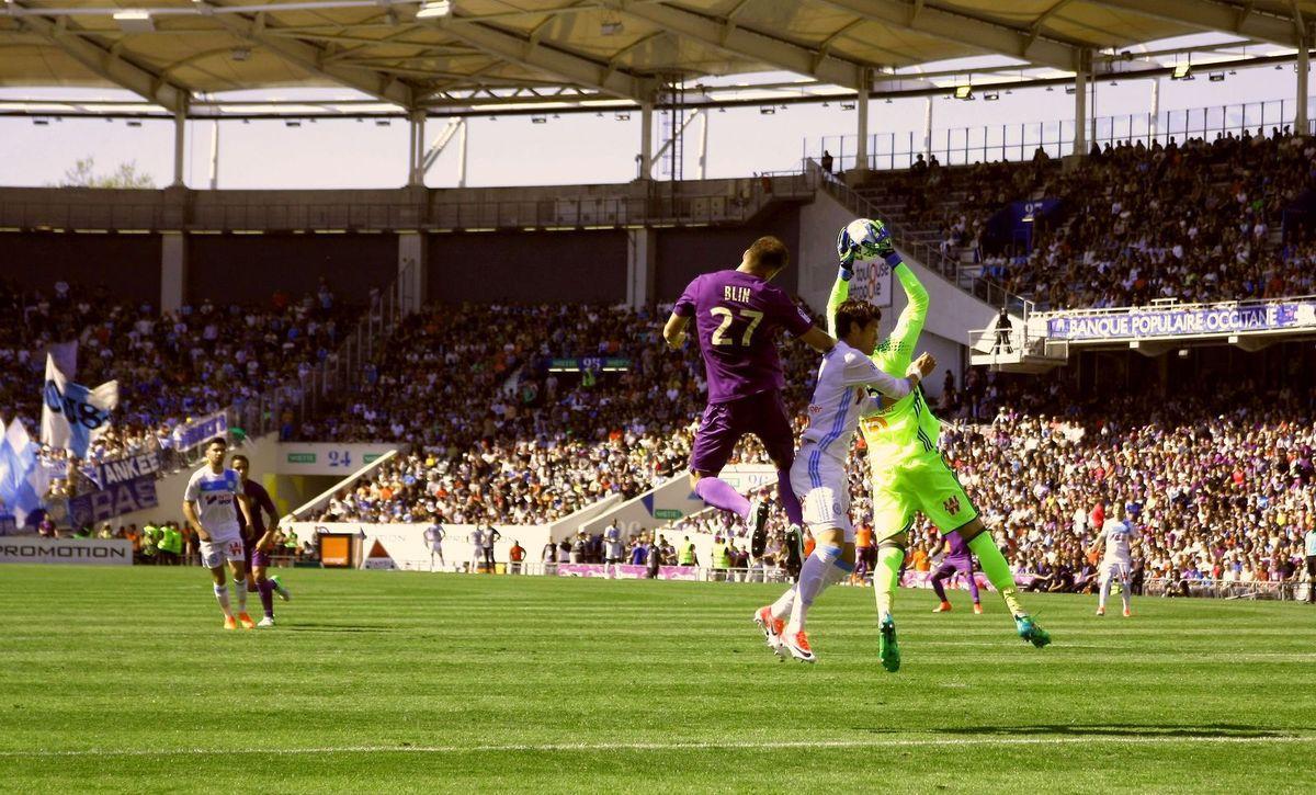 Lutte aérienne Blin vs Sakaï & Pelé mais résultat nul...