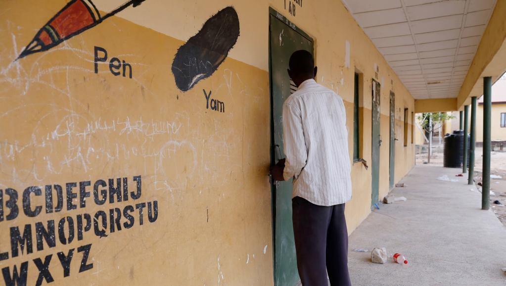 Elections au Nigeria: le report de dernière minute prend le pays par surprise