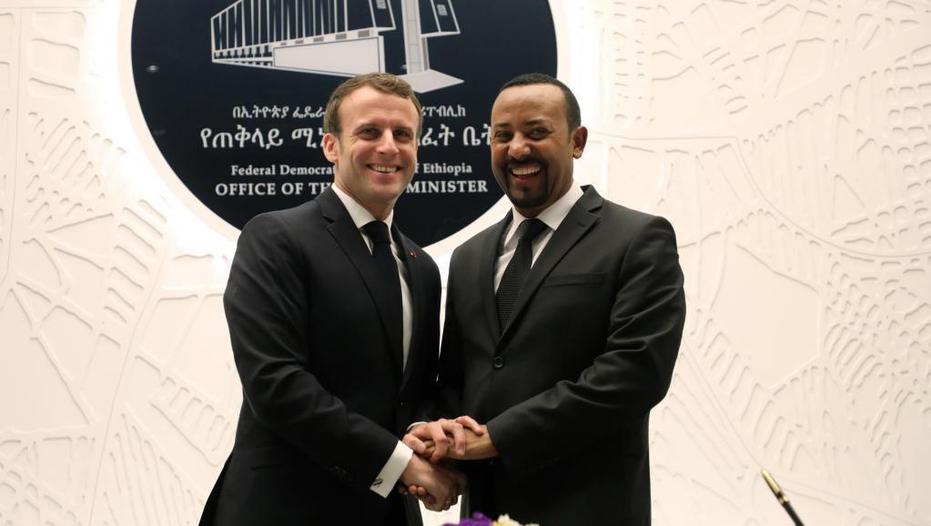 Ethiopie: Emmanuel Macron et Abiy Ahmed affichent leur entente parfaite