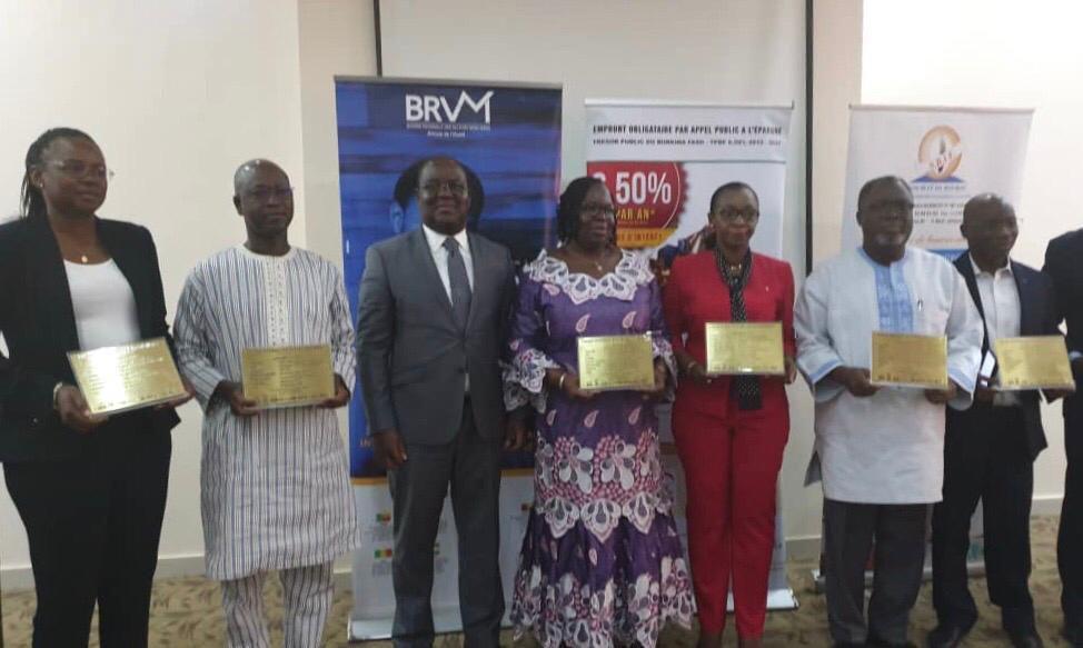PREMIERE COTATION DE L'EMPRUNT OBLIGATAIRE DU TRESOR PUBLIC DU  BURKINA FASO