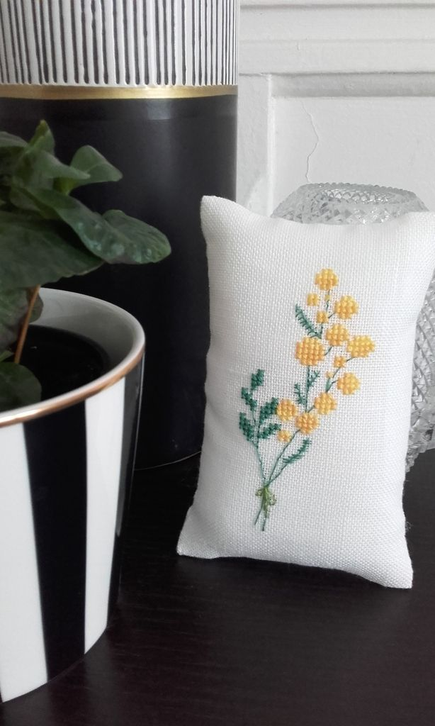 Broderies et finitions