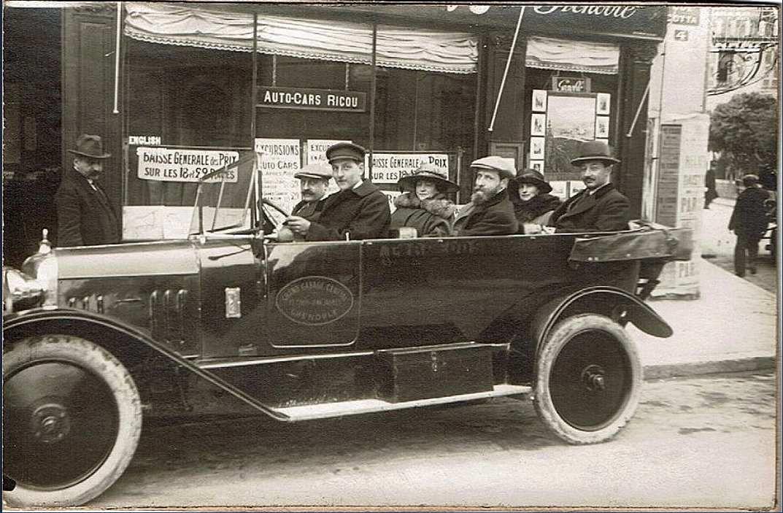 Les 1er autocars