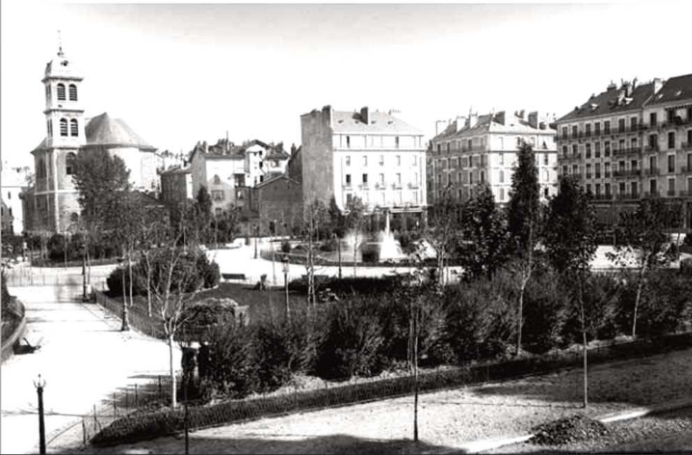 Début de la place Victor Hugo - les 1er arbres