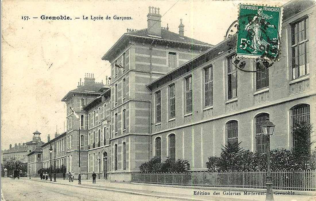 Lycée Champollion sur le cours laFontaine