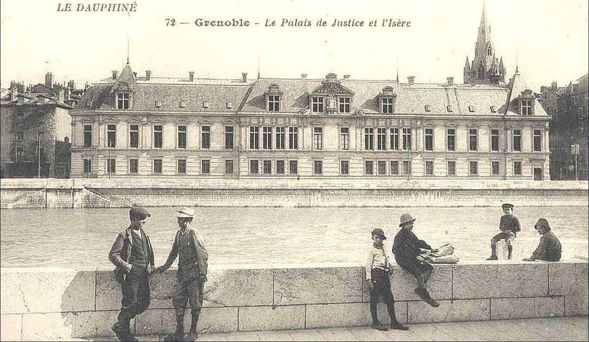 alais de justice -  façade arrière coté quai rive droite de l'Isère