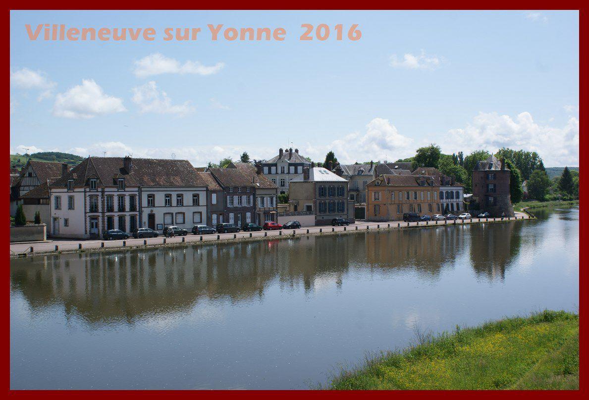 L'Yonne et au fond la Tour Bonneville