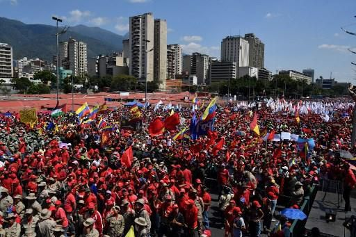 Manifestation des partisans bolivariens le 2 février à Caracas