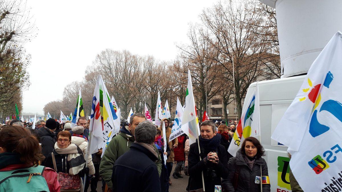 Dans les rues de Rouen le 5 décembre
