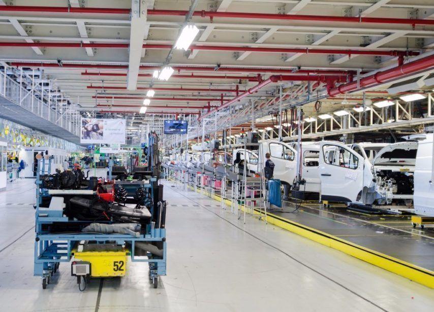 L'usine Renault Sandouville a été condamnée à suspendre sa reprise pour des manquements dans son protocole de formation aux risques sanitaires. (©Ilustration/Renault)