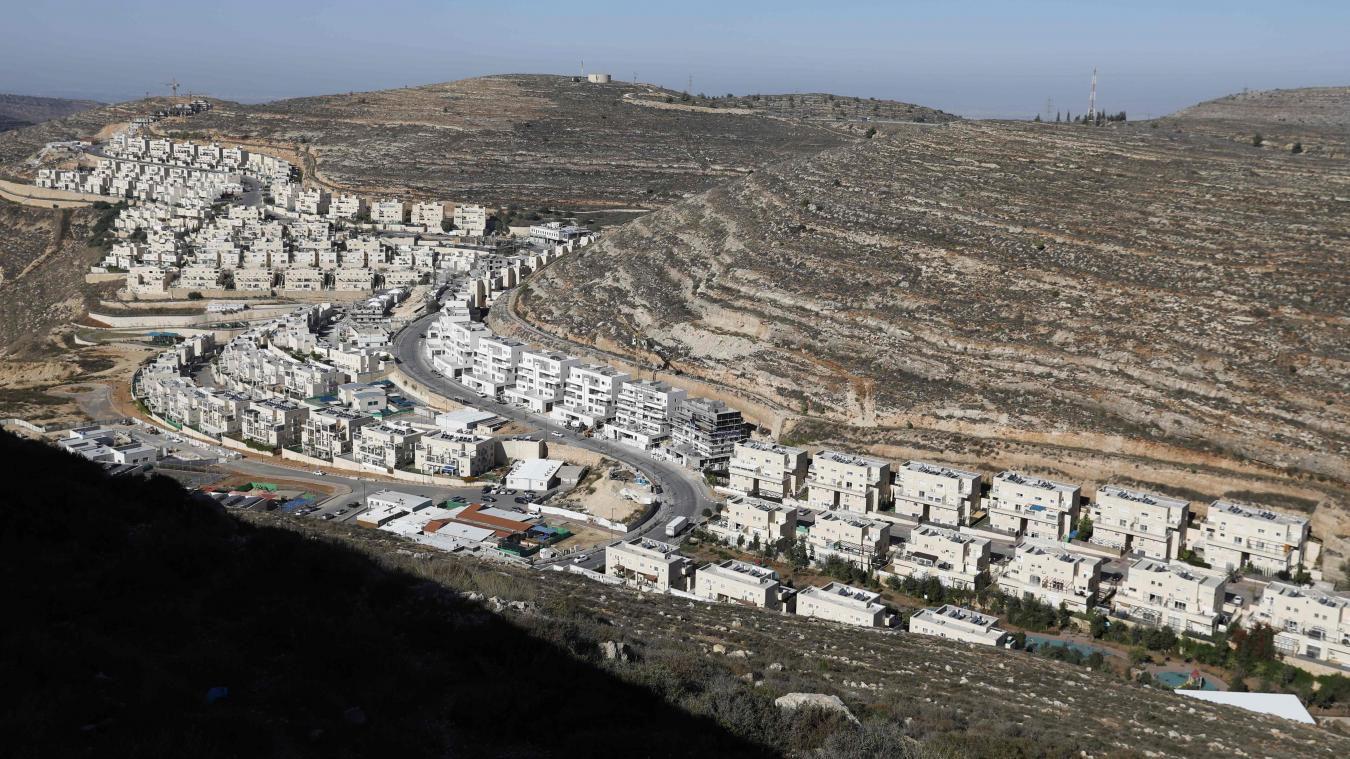 Plus parlant qu'un long discours - La dernière carte date de 2010 - Les colonisations se sont poursuivies depuis lors - Exemple :  La colonie israélienne de Givat Zeev, fondée en 1982, près de la ville palestinienne de Ramallah - en Cisjordanie occupée. Photo AFP - AFP