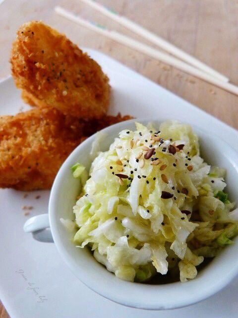 Cabillaud pané aux graines et sa salade de chou chinois à la japonaise