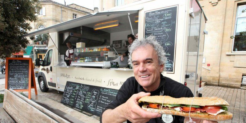 Bruno Oliver et son food-truck (crédit photo : Sud-Ouest)