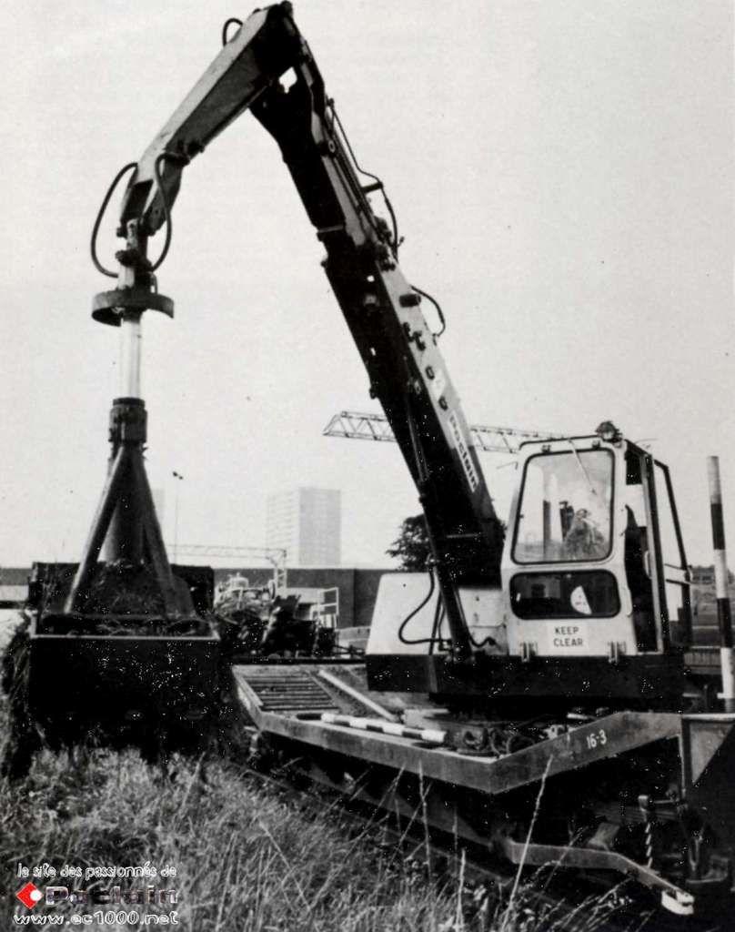 Poclain et les travaux ferroviaires