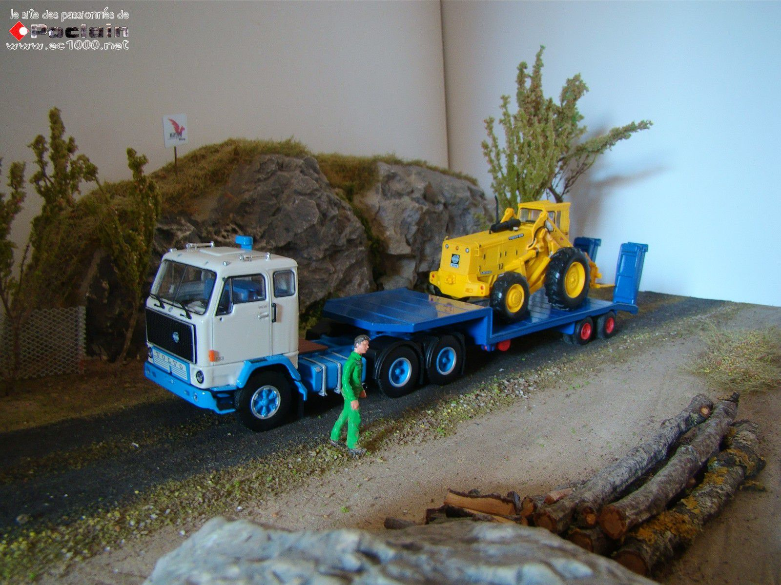 Tracteur VOLVO F89 de chez TEKNO