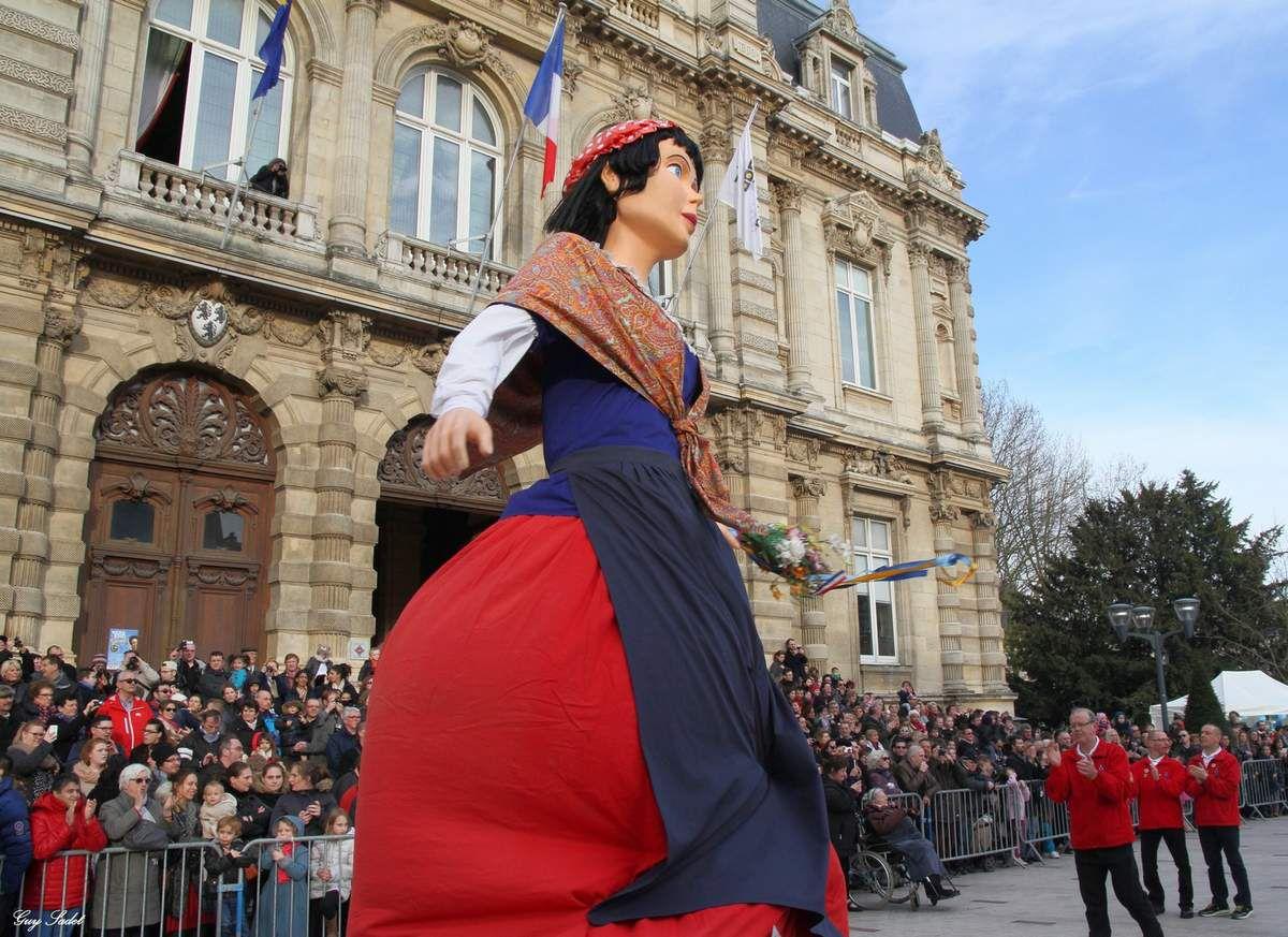 Géante la Belle Hélène de Steenvoorde