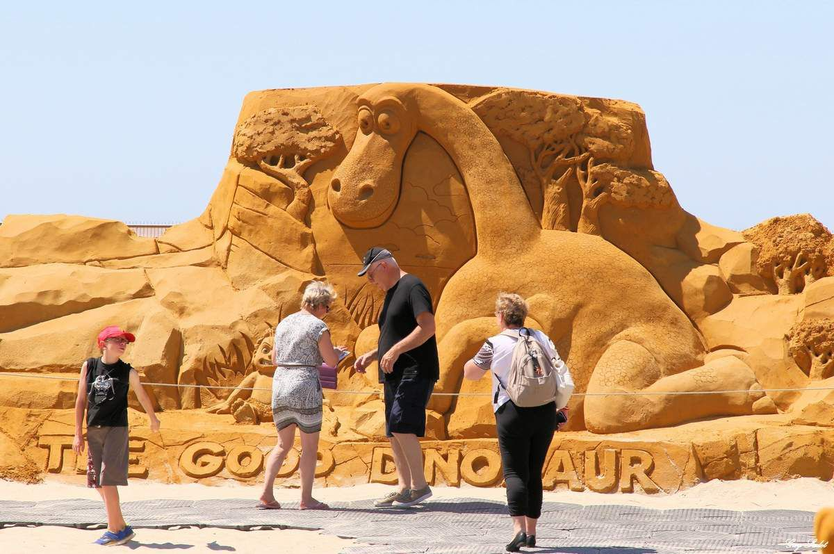 Festival de sculptures sur sable 2015 : c'est la «Fête Givrée » au Touquet-Paris-Plage et à Ostende