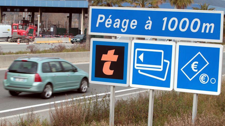 Privatisation des autoroutes : sous le béton, l'arnaque !