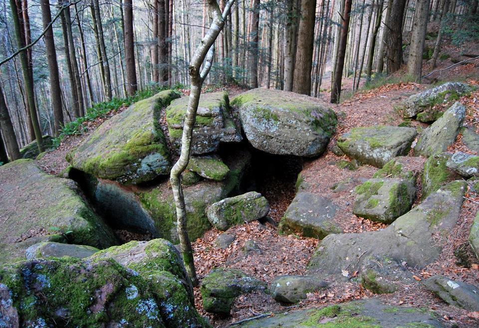 Une autre petite grotte