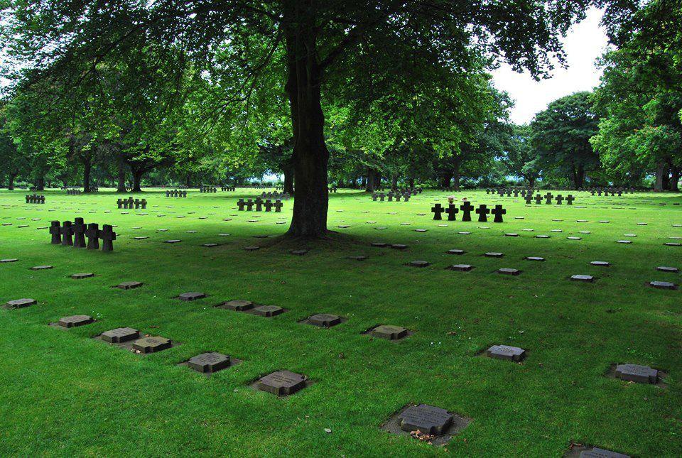 Ici reposent 21222 soldats Allemands