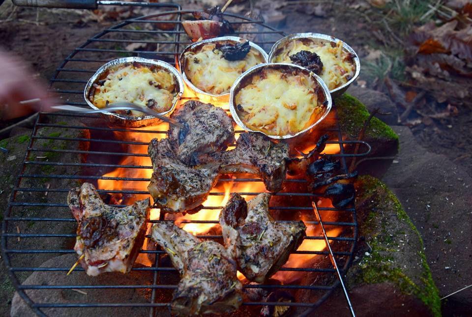 Au menu : côtelettes d'agneau et gratin dauphinois