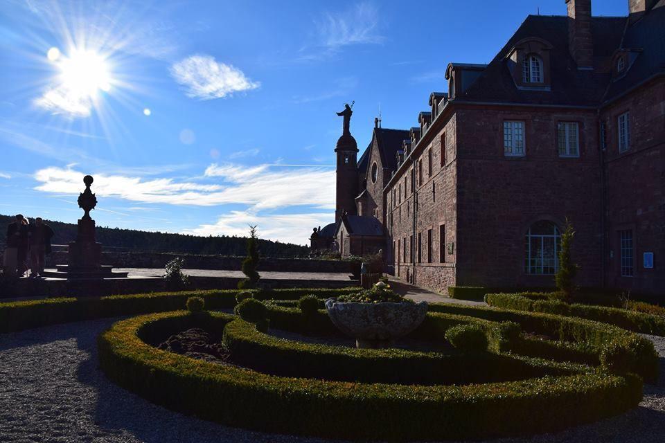 Sainte Odile veille sur l'Alsace