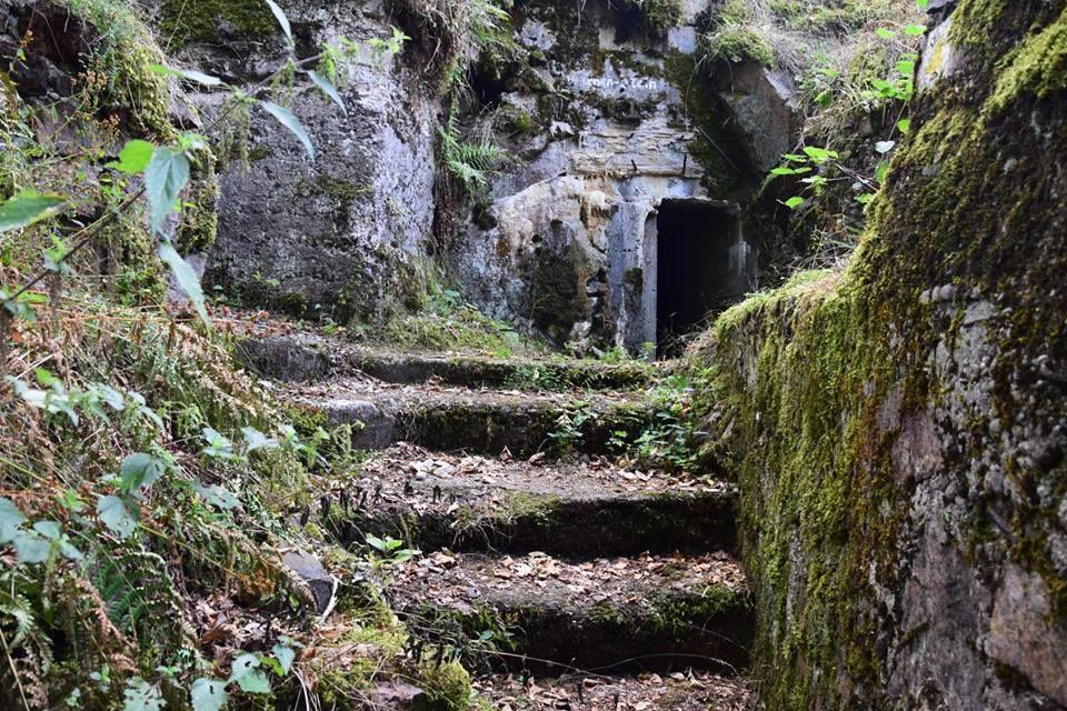 Entrée d'un abri souterrain allemand