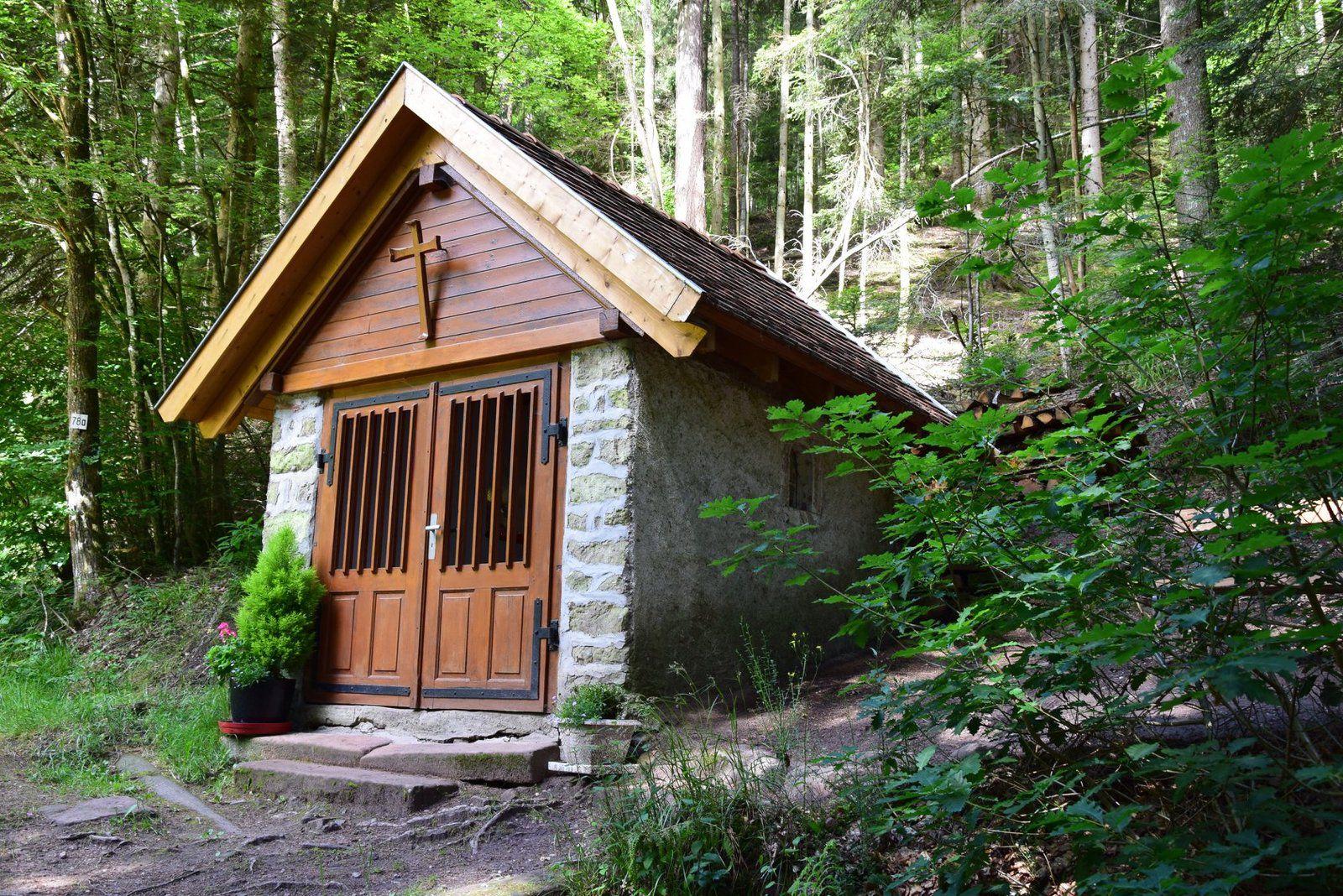 La petite chapelle de Breitenau,  dédiée à St Déodat