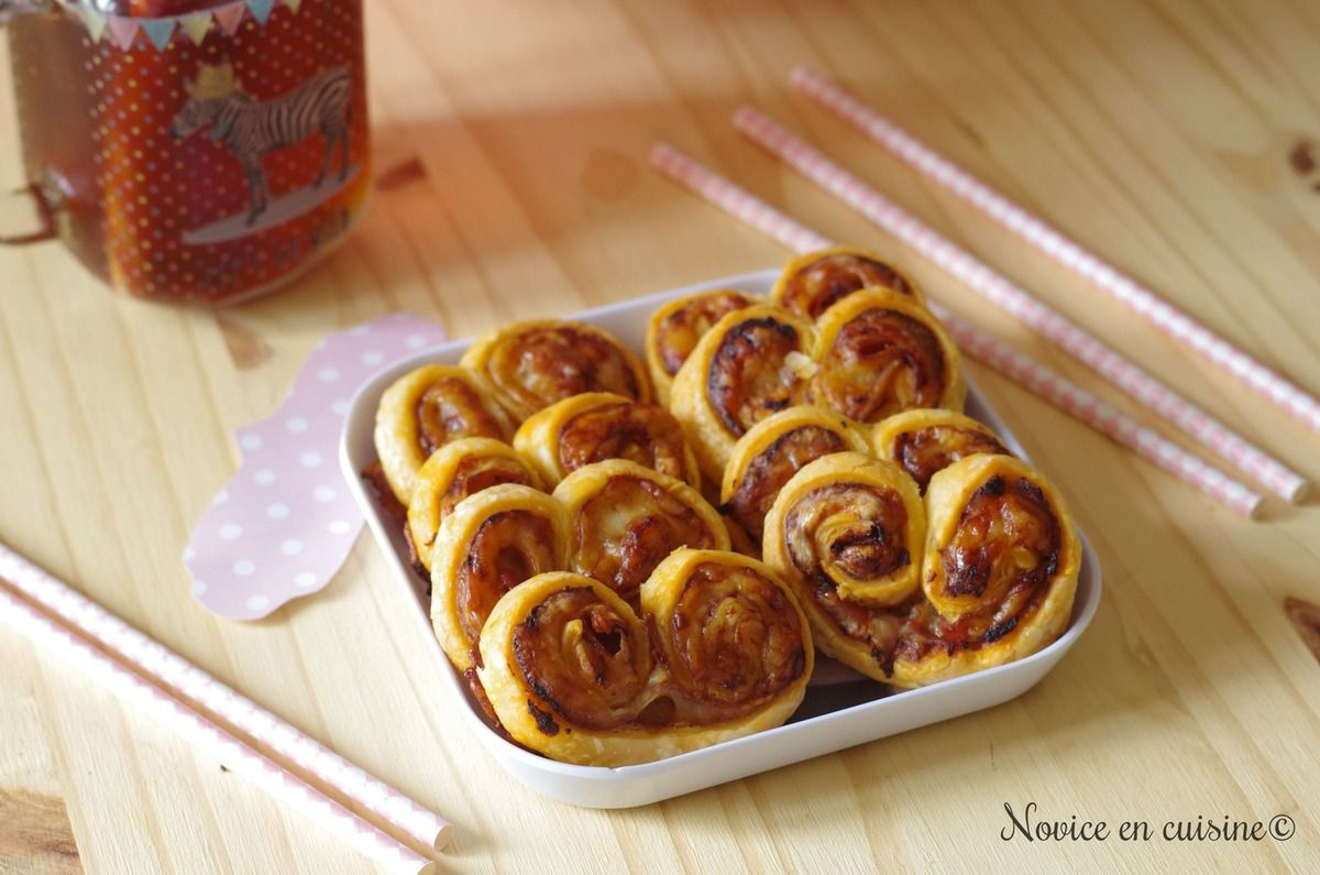Palmiers tomates, fromage et jambon cru