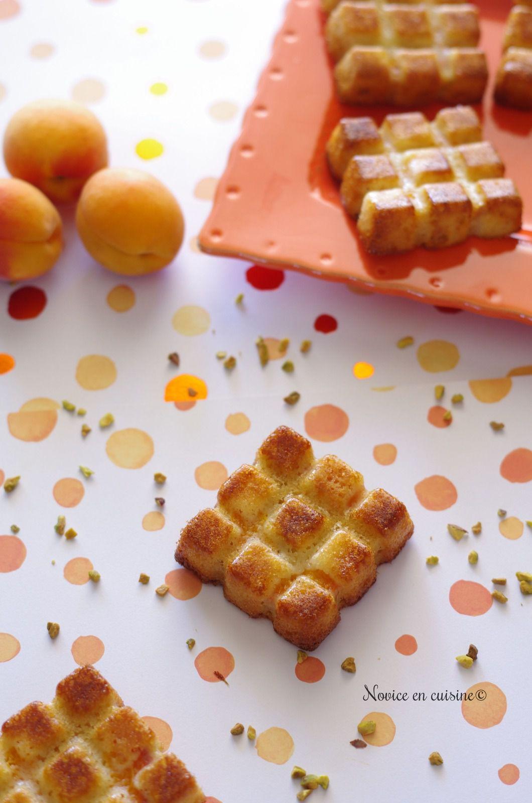 Petits gâteaux pêches/abricots et pistache