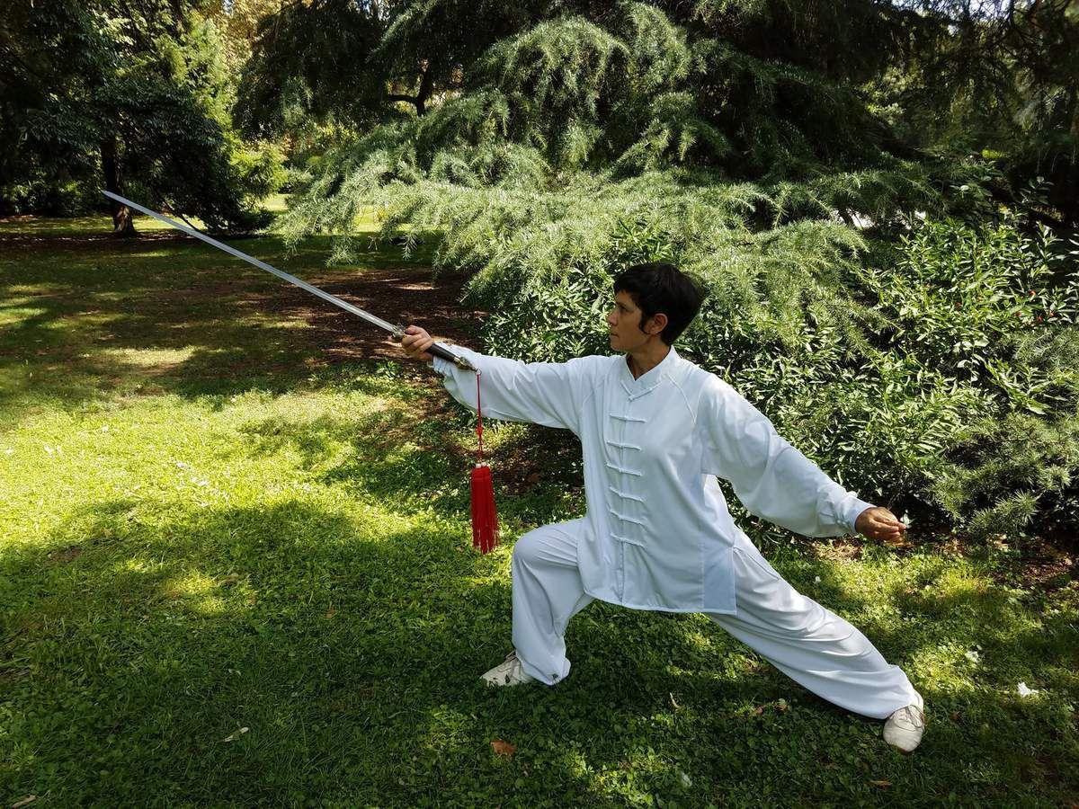 Nouveauté, l'Epée Taiji Jian du style Yang en cours particulier