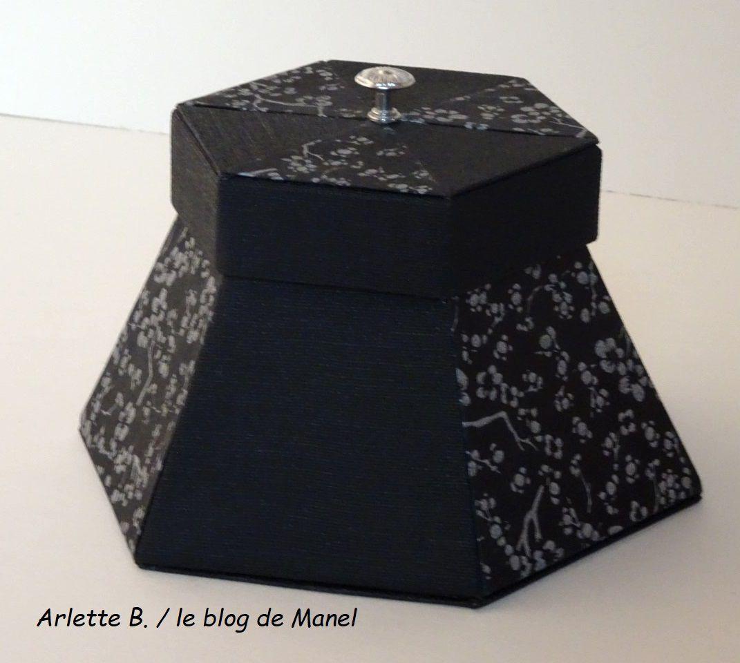 ARLETTE B./ELEVE DE MANEL / LA BONBONNIERE