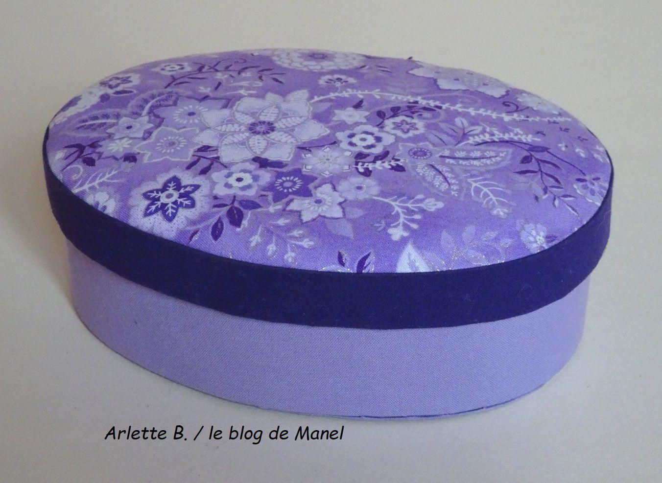 ARLETTE B. /ELEVE DE MANEL / BOITE OVALE