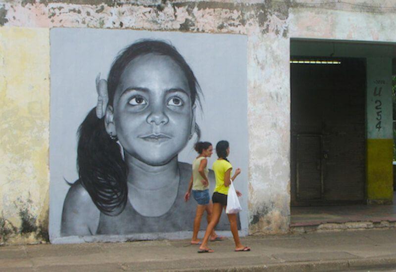 Chaque nuit dans le monde, 300 millions d'enfants dorment dans la rue, aucun d'eux à Cuba