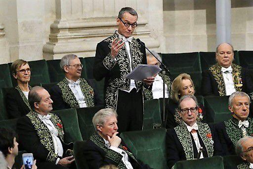 Il dénonce les actions criminelles de l'OTAN ! Le discours de l'écrivain d'origine russe et de nationalité française Andreï Makine fait sensation à l'Académie Française !